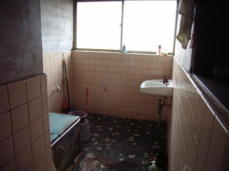 柏邸浴室施工前.JPG